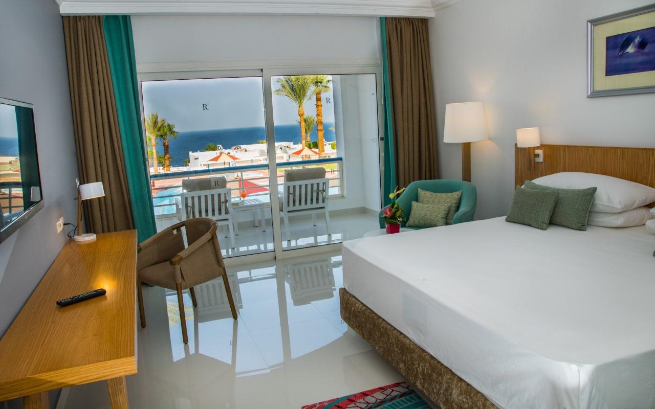 Premium Suite Sea View_07-min