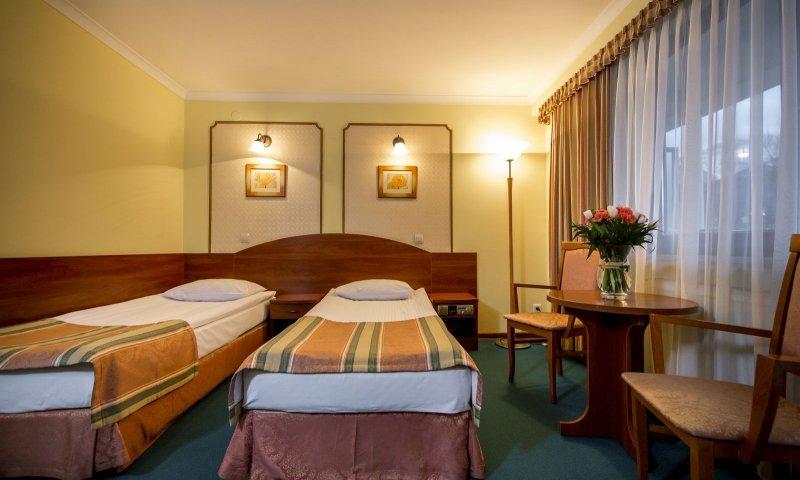 Premium twin room5
