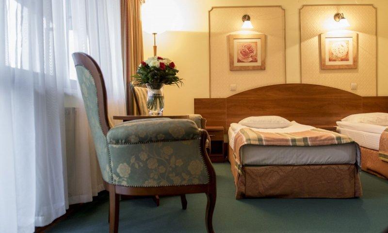 Premium twin room6