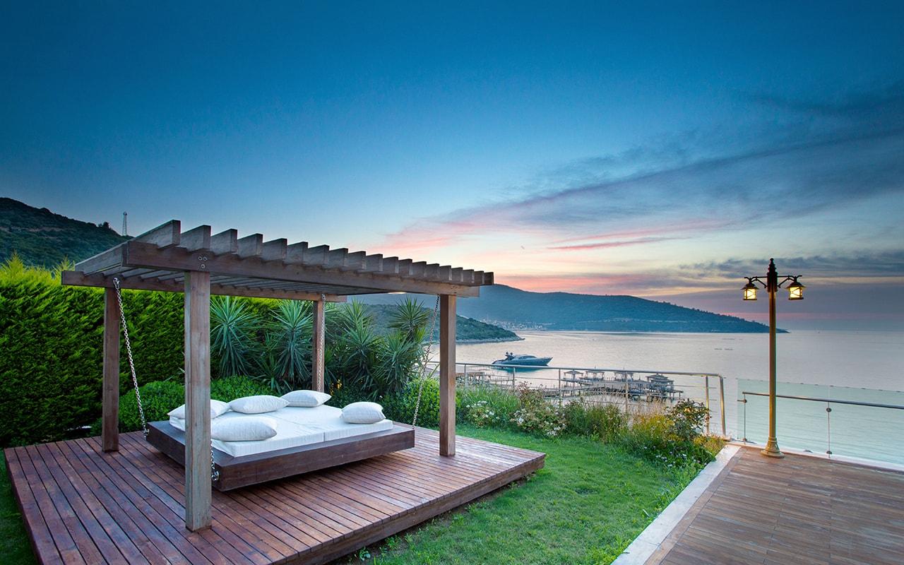 Presedentia Villa garden-min