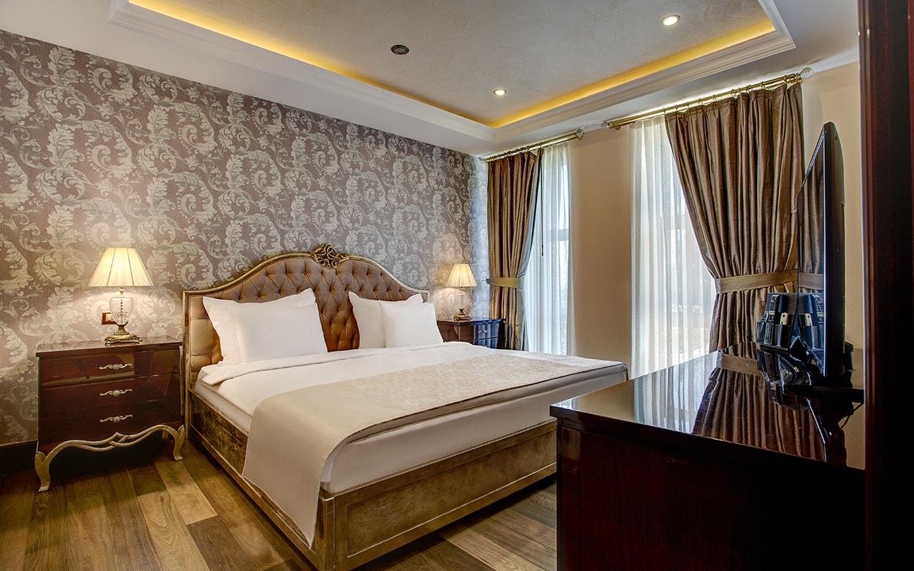 Presedential villa Bedroom (14)-min