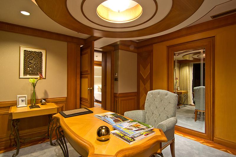 Presidential Suite (3 Bedrooms)-3