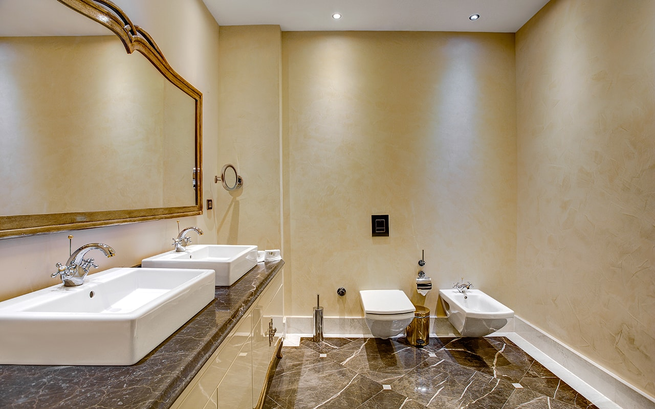 Presidential Villa bathroom (3)-min