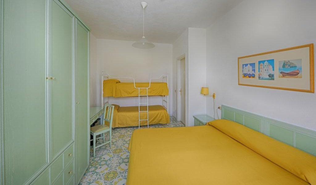 Quadruple Room 7-min