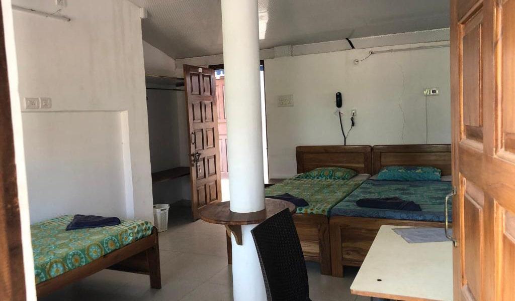 Quadruple-Room-with-Balcony6-min