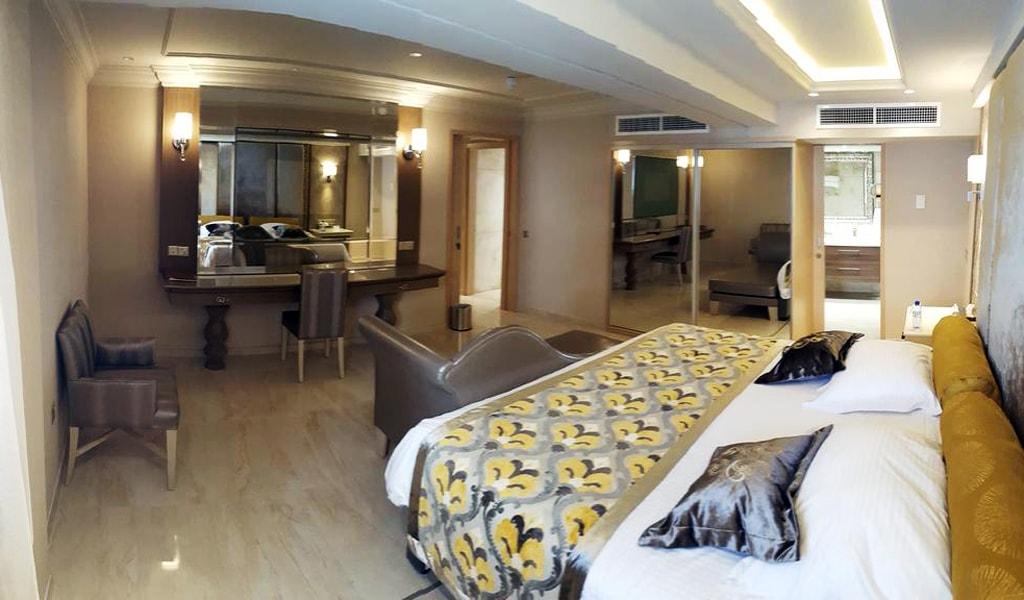 Queen Suite (1)
