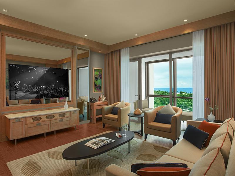 Regnum-Luxury Suite-02