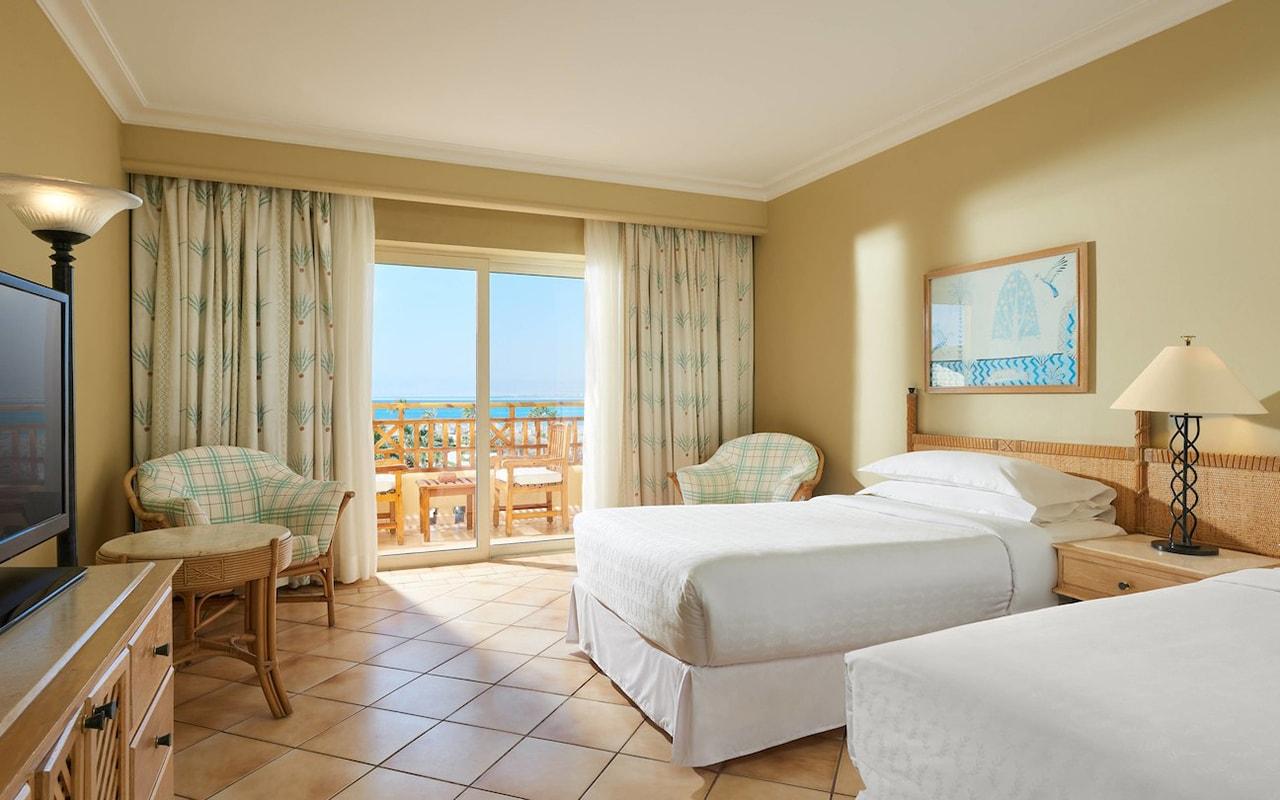 Resort View Room_04-min
