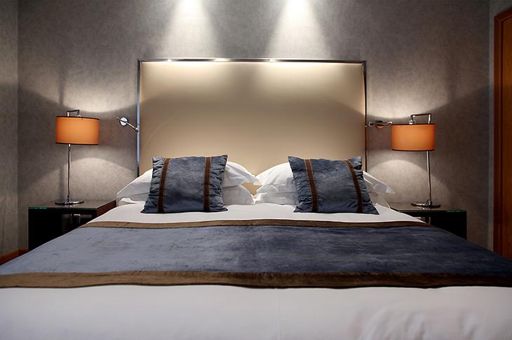 Rodos-Park-Luxury-boutique-hotel-in-Rhodes-superior-suite-featured