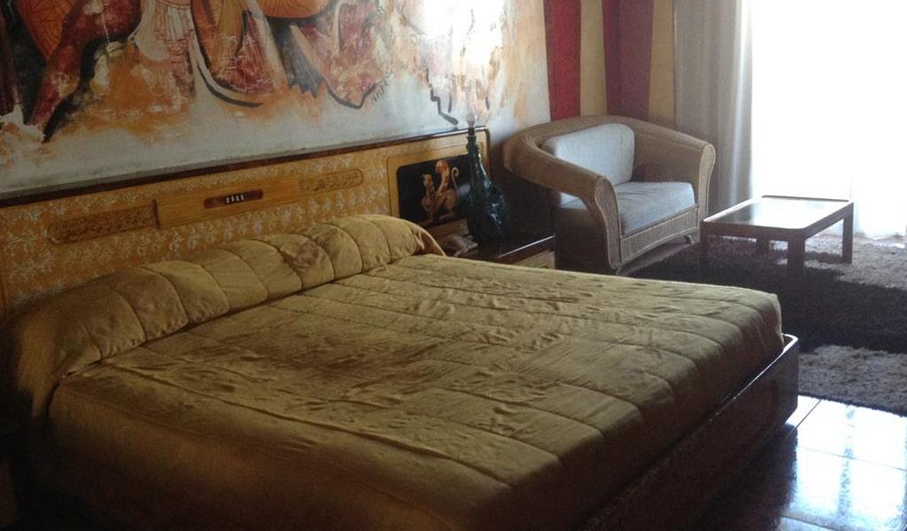 Roman Hotel (1)