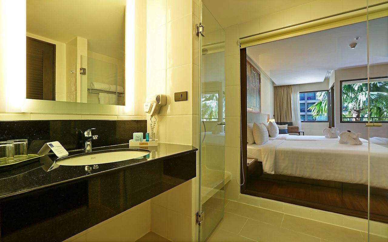Room Superior Twin Beds TWB Bathroom1