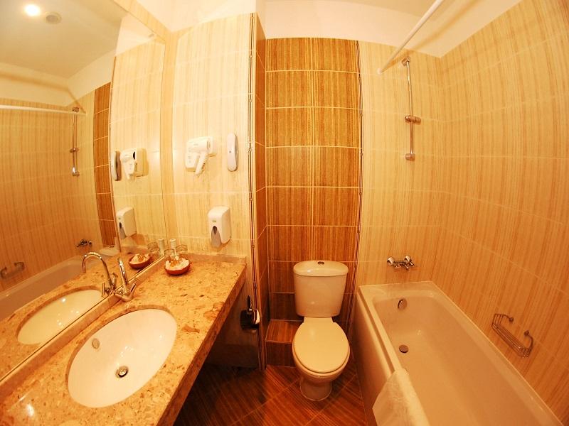 Room3_Zg9ytlh1