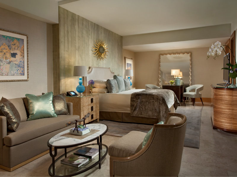 Royal Beach Front Suite - bedroom