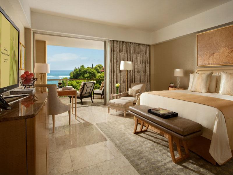 Royal Ocean Court Lagoon Access Suite - Bedroom
