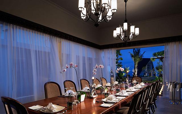 aaron daniel fritz - hotel and resort photographer