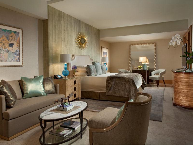 Royal Suite Ocean Court - bedroom