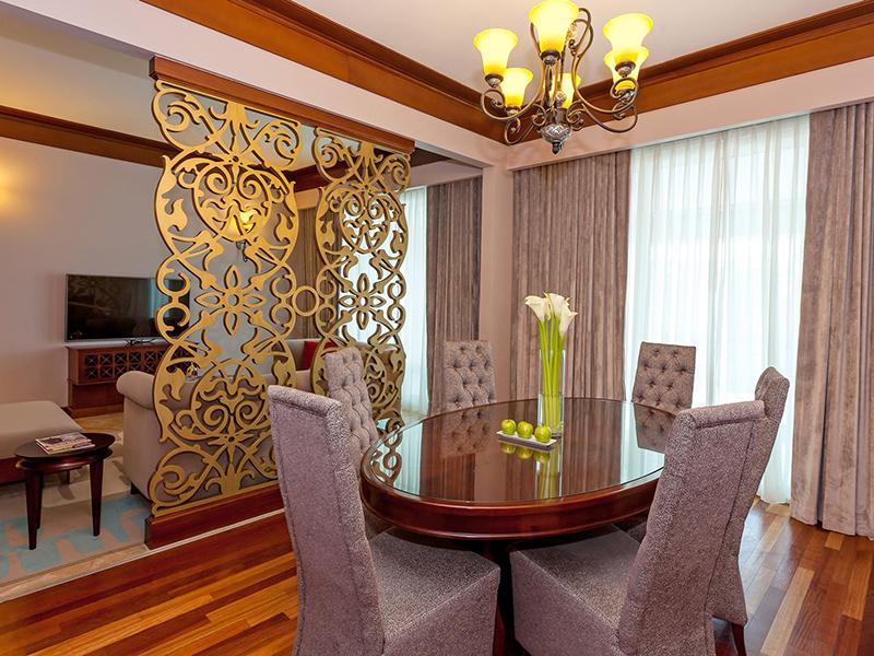 Royal Suite5