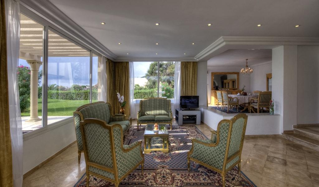 Royal Villa-min