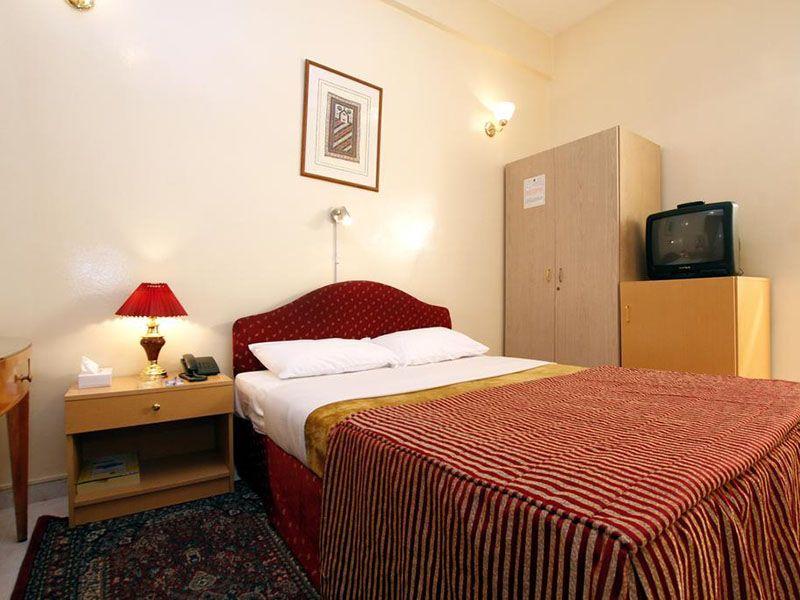 Отель royalton hotel 2 дубай уровень жизни граждан оаэ