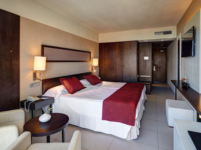 SELECT DOUBLE ROOM2
