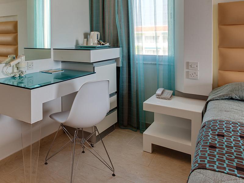 SENTIDO_Cypria_Bay_Family_Room (2)