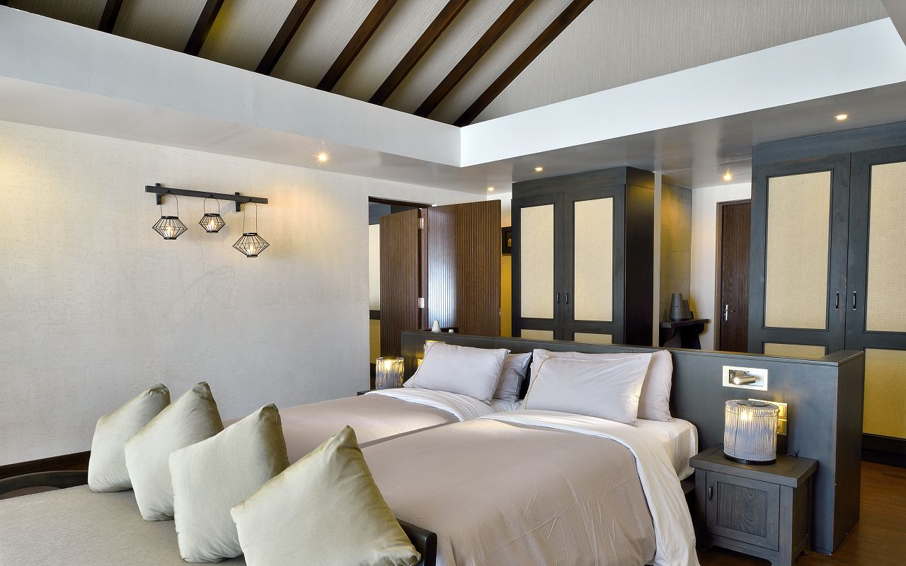 SUNSET FAMILY VILLA - INTERCONNECTING ROOMS AND TWIN BEDS-min