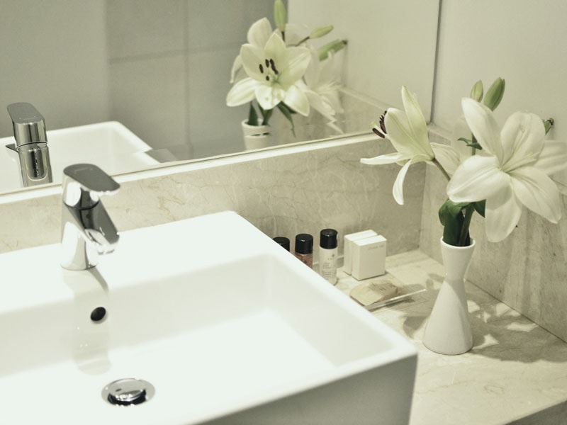 SUPERIOR BATHROOM-min