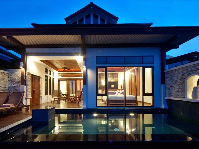 Sea Front Pool Villa