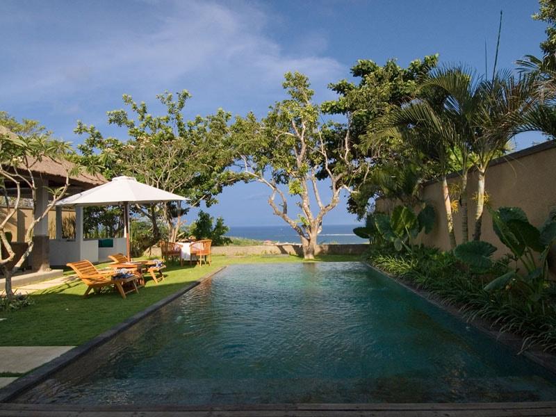 Sekar-Nusa-Villas-Ocean-View-min