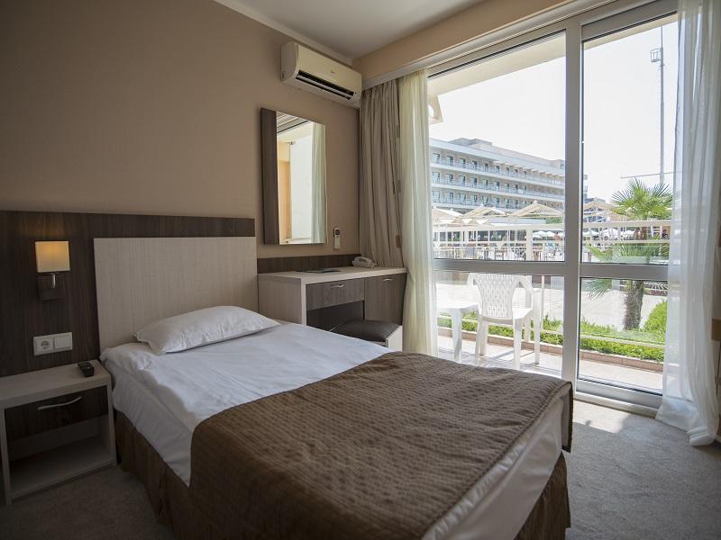 Single Room 04