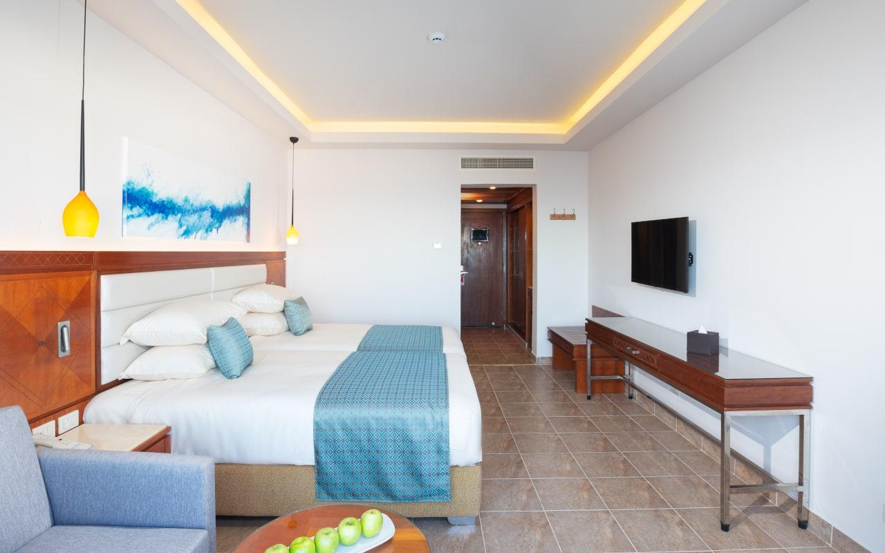 Stanadrd Room Twin Bed 3-min