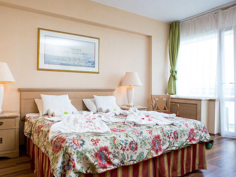 Standard Double Room with Balcony4