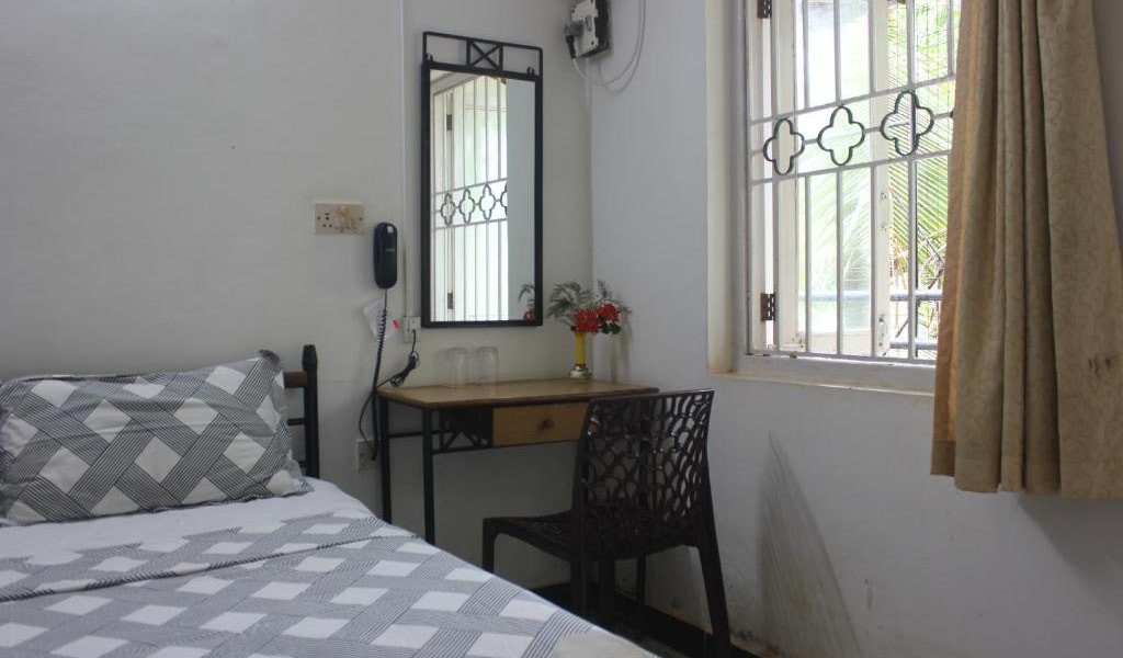 Standard-Double-Room-with-ac5-min