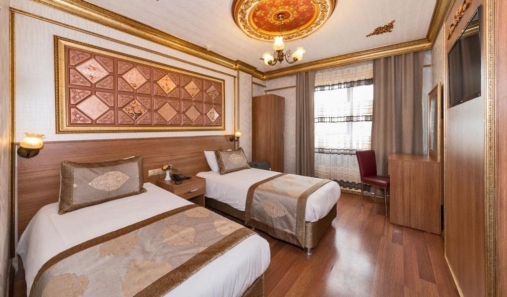Standard Double Room4-min