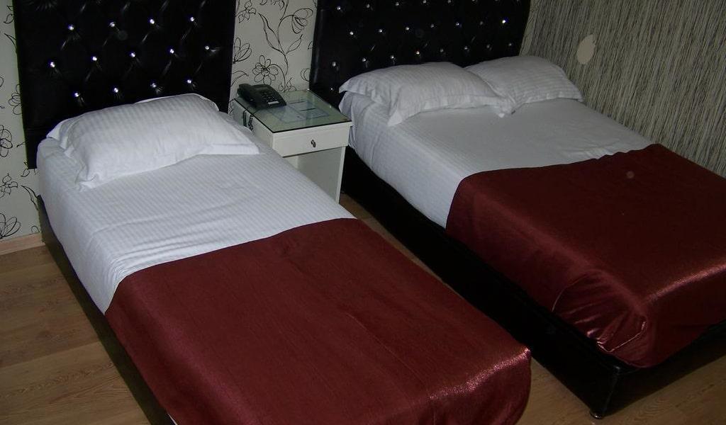 Standard Double or Twin Room 1-min