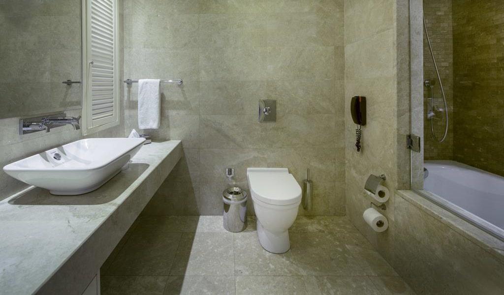 Standard Double or Twin Room 2-min