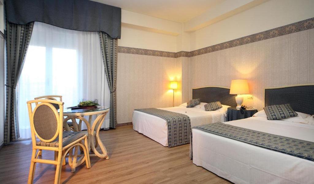 Standard-Double-or-Twin-Room-min