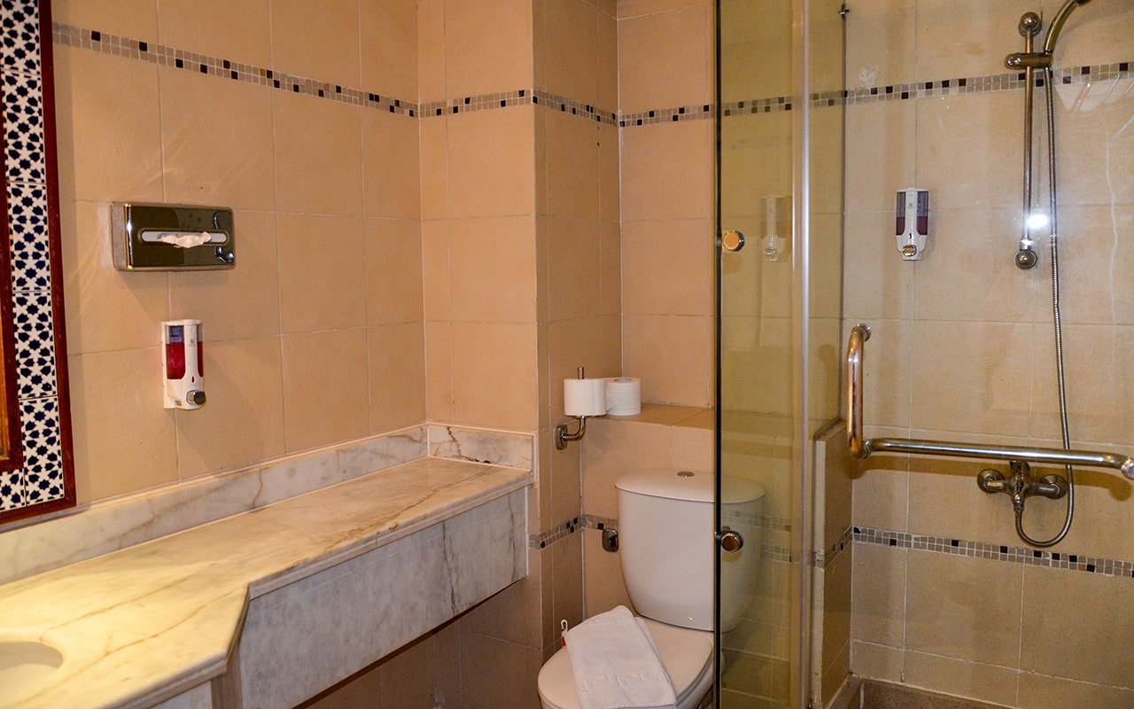 Standard-Pool Room_10-min
