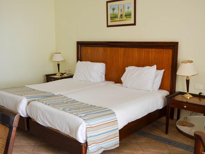 Standard Room (12)