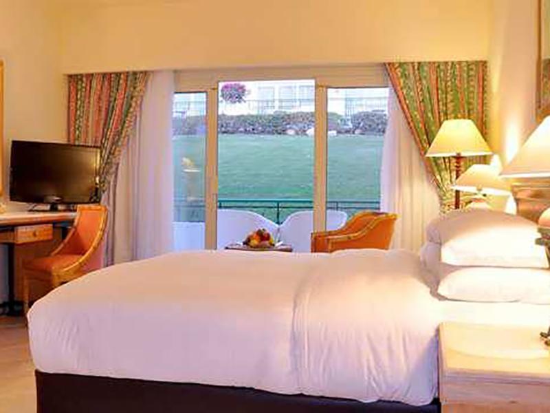 Standard Room (2)