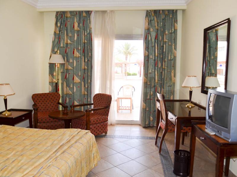 Standard Room (4)