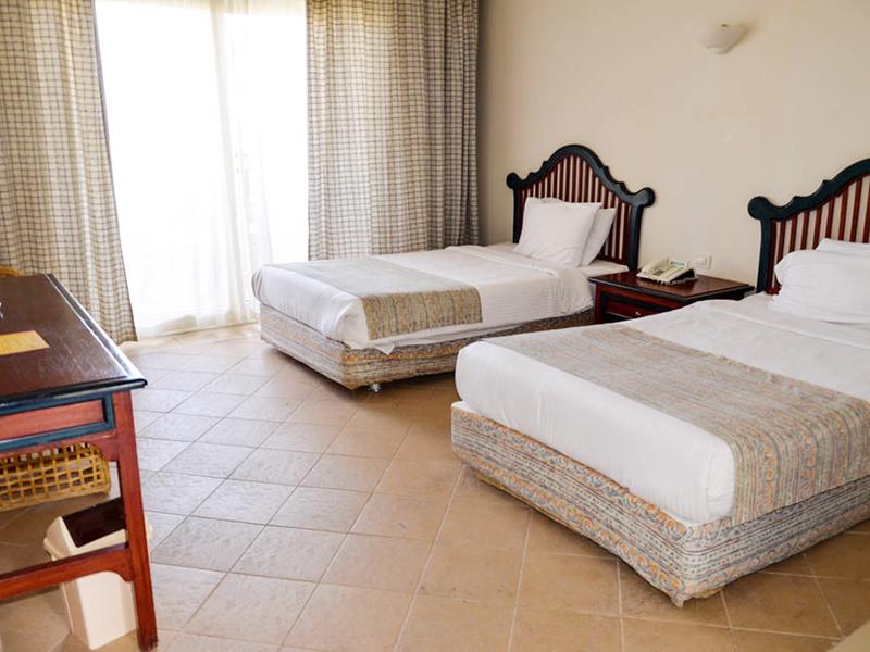 Standard Room (7)