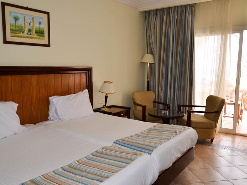 Standard Room (9)