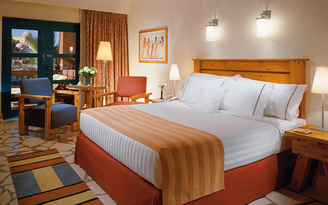 Standard-Room_02-min-43