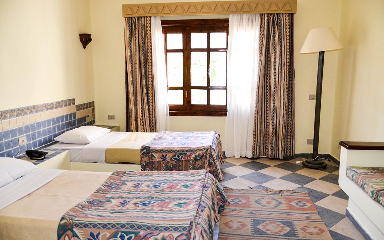 Standard-Room_07-min