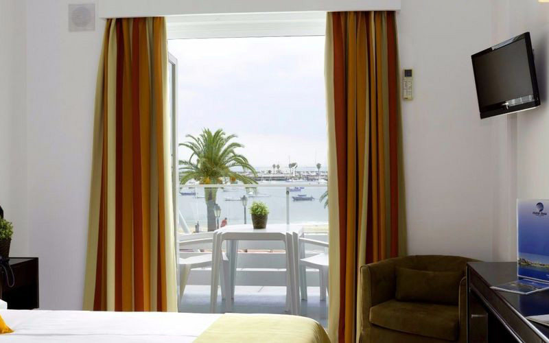 Standard Sea View Room - Single Use