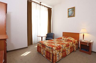 Standard Single Room4