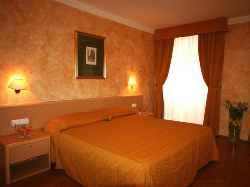 Standard rooms1