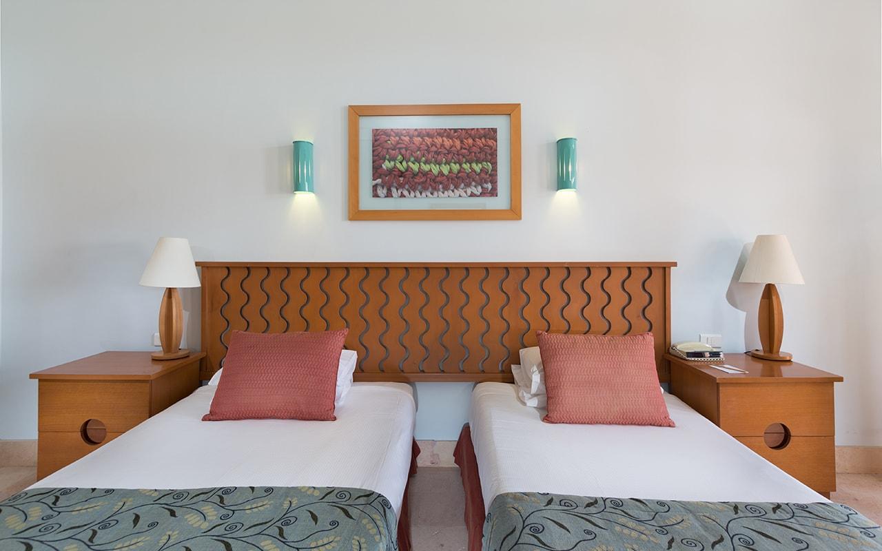Steigenberger Golf El Gouna -Superior Room Bed-min