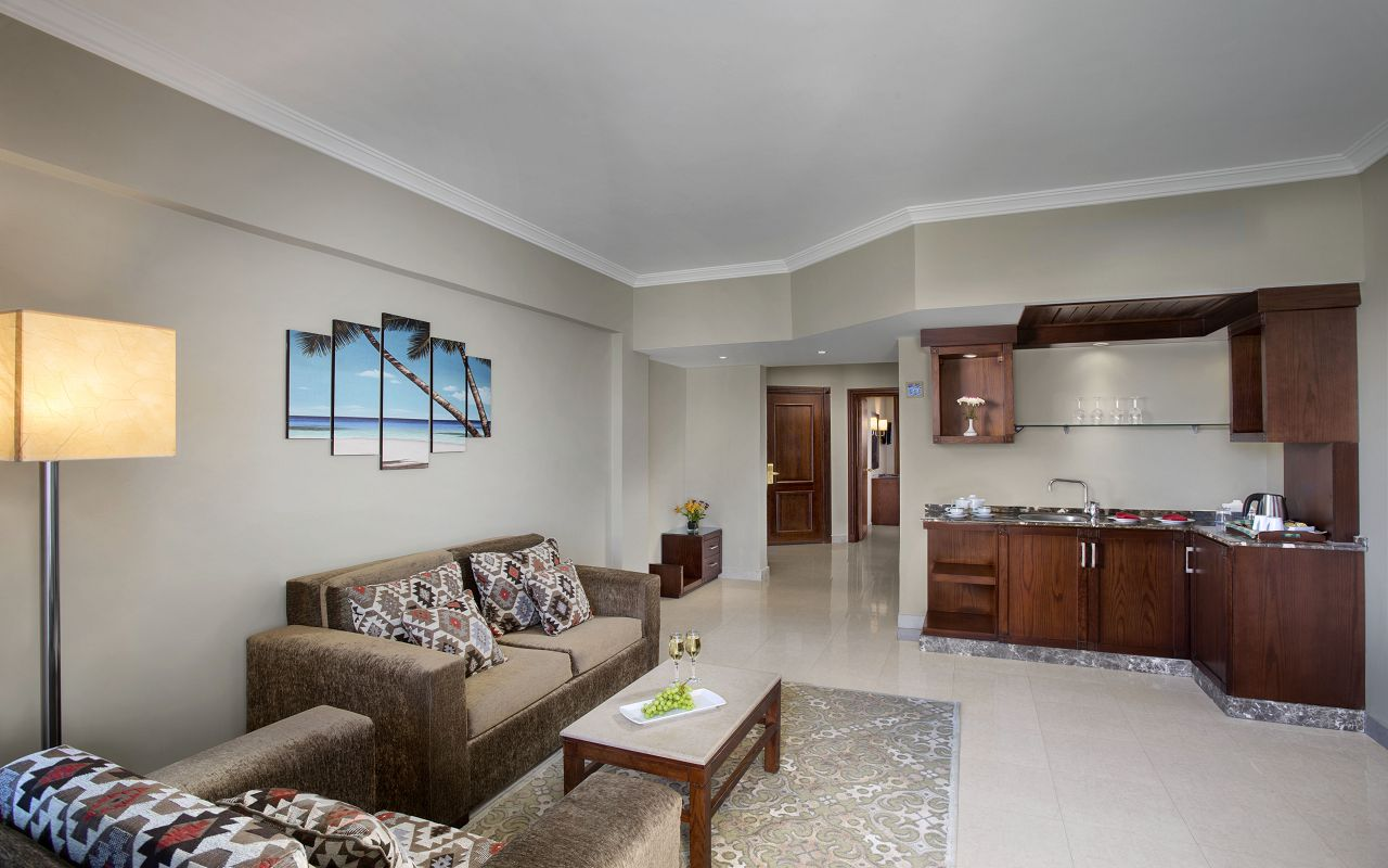 Suite 04